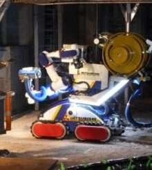 Японцы тестируют модель многофункционального робота MHI-MEISTeR в условиях атомной станции Фукусима